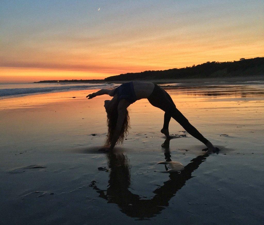 Yoga avec CaRo  Camatkarasana